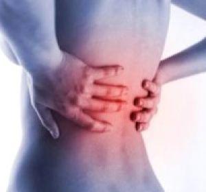 Почему появляется боль в спине