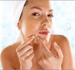 Как избавиться от жировиков на лице: эффективные способы