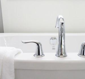 Ученые попросили не трясти головой после ванны