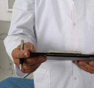 Российских врачей обвиняют в смерти и болезнях пациентов. Им все чаще грозит тюрьма