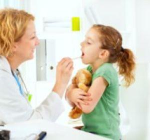 Фарингит у детей: как лечить воспаление горла