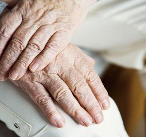 Половина пожилых людей бросает принимать статины впервый год