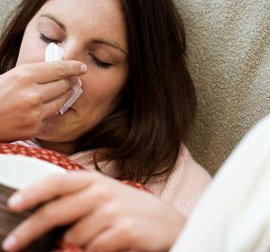 Как быстро вылечить горло в домашних условиях при простуде
