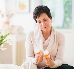 Растительные препараты при климаксе — обзор средств с фитогормонами для поддержки женского организма