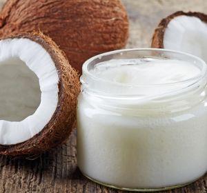 Профессор Гарварда назвала кокосовое масло «чистым ядом»
