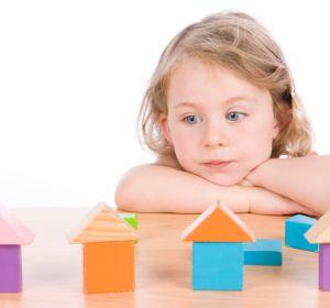 Аутизм — виды, причины, признаки, симптомы и лечение