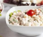 Роспотребнадзор рекомендует отказаться от салатов с майонезом на Новый год
