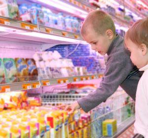 В большинстве британских йогуртов слишком много сахара. А что с российскими?