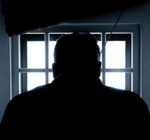 «Хотел впечатлить коллег». В Германии бывший медбрат сознался в убийстве 100 человек