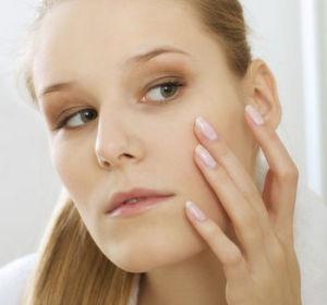 Проблемы с кожей на лице: что делать при шелушении?