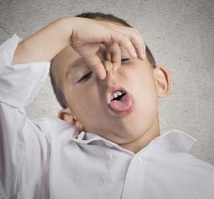 Запах изо рта у ребенка — почему