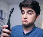 В Швеции изобрели зубную щетку-психолога
