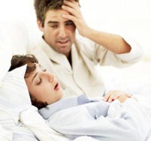 Как помочь женщине побороть такое неприятный недуг, как храп?