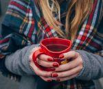 Диетолог назвал напитки, которыми можно согреться в холод