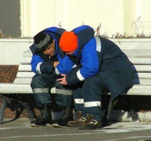 Мигранты оказались адекватнее коренных жителей России