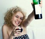 Пагубное пристрастие к алкоголю у женщин: чем опасно и есть ли выход из ситуации