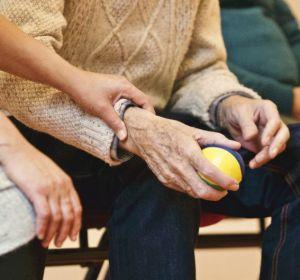 Как обратить старение вспять? Разгладить морщины в клетках тела