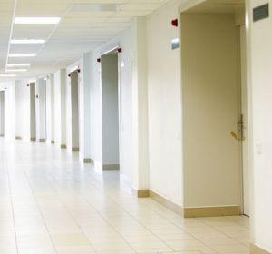 Пациентка из Чебоксар обвинила врачей в том, что вместо работы они отмечали 8 Марта