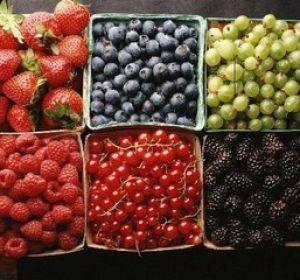 Наиболее полезные фрукты летом?