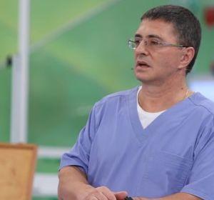 Доктор Мясниковпрокомментировал видео с «умыванием» пациентки грязной тряпкой