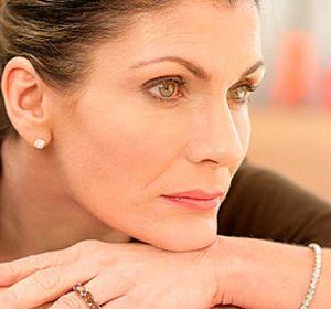 Симптомы и лечение климакса у женщин — как облегчить проявления