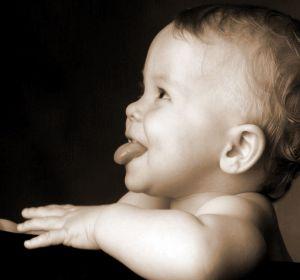 Кал черного цвета у взрослого и ребенка