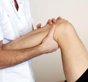 Лечение растяжения связок в домашних условиях после травм