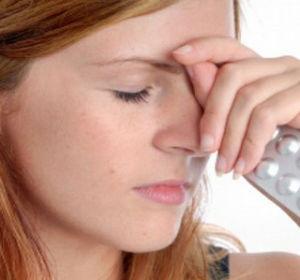 Болит голова в области лба: причины и характер боли