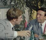 «Выпивала полбутылки виски в день»: москвичи о том, как отказались от алкоголя в 25−30 лет