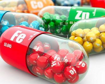Витамины и микроэлементы в виде таблеток