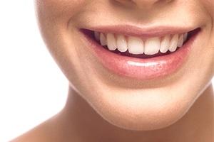Хотите красивые зубы? Мы вам поможем.