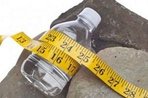 Бутылка с сантиметром