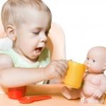 Почему мальчики играют в куклы?
