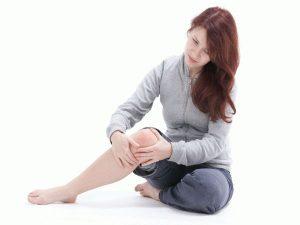 Непатогенный хруст после затекания колена