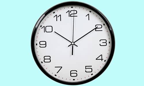 Биологический период полувыделения составляет 10-14 часов