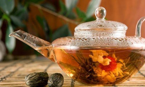 Травяные чаи успокаивают и расслабляют