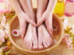 Как быстро вылечить грибок ногтей на ногах народными средствами
