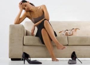 Боли при кисте яичника у женщин: что делать