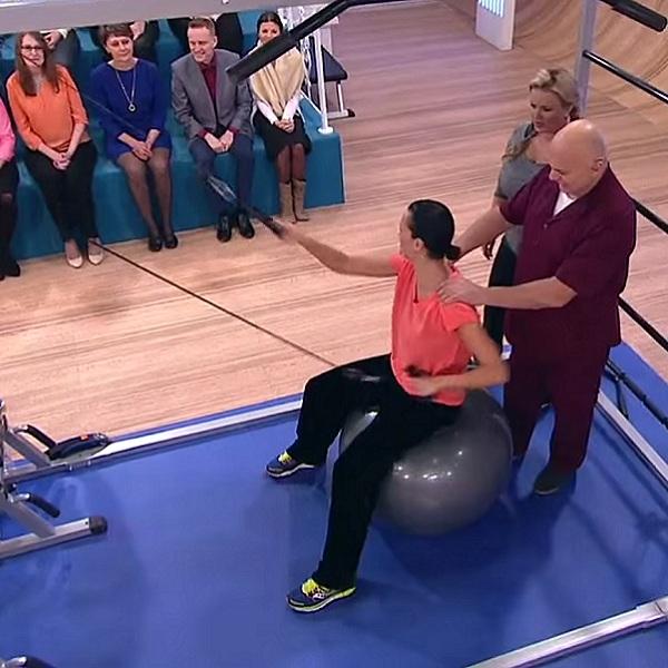 Лечебное упражнение на фитболе для грудного отдела позвоночника | Грудной отдел позвоночника, лечение заболеваний