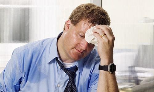 Средство Бенфолипен может вызвать повышение потоотделения, тахикардию и тошноту