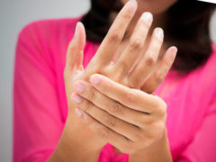 Онемение и боль в пальцах и руках