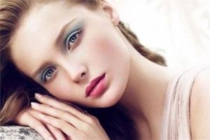 Романтический макияж