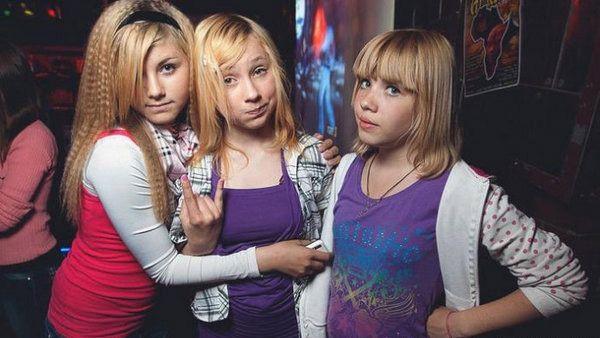 Девушки подростки