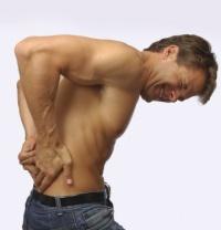Боль в спине это уже первый признак остеохондроза.