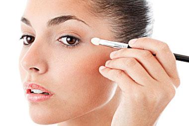 Секреты по созданию макияжа на вечер и праздник